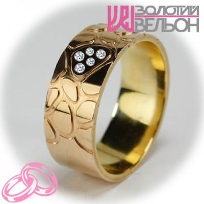 Комбинированное обручальное кольцо с бриллиантом 151-2V016 ♀