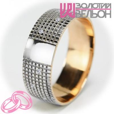 Женское обручальное кольцо с бриллиантом 951-2V010