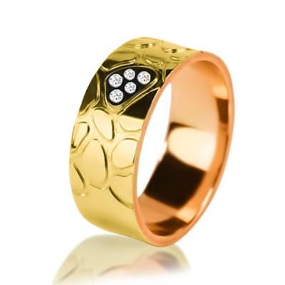 Комбинированное обручальное кольцо с бриллиантом 251-2V016