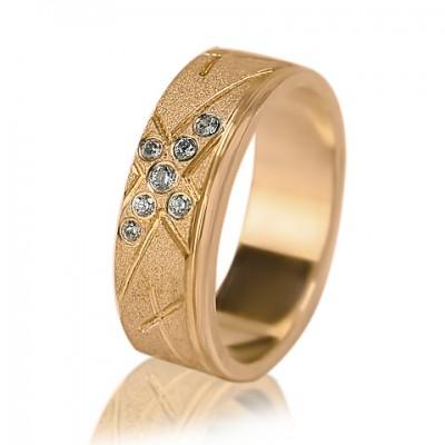 Женское обручальное кольцо с бриллиантом 451-2F002