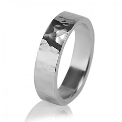 Мужское обручальное кольцо 550-2M001