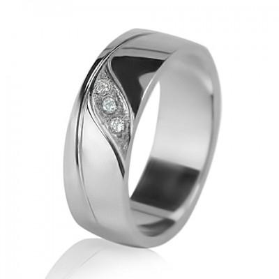 Кольцо с бриллиантом обручальное женское 551-2F003