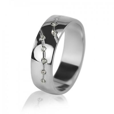Женское обручальное кольцо с бриллиантом 551-2F006