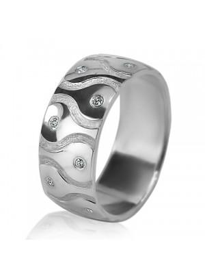Женское обручальное кольцо с бриллиантом 551-2F012