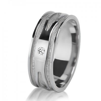 Женское обручальное кольцо с бриллиантом 551-2V013