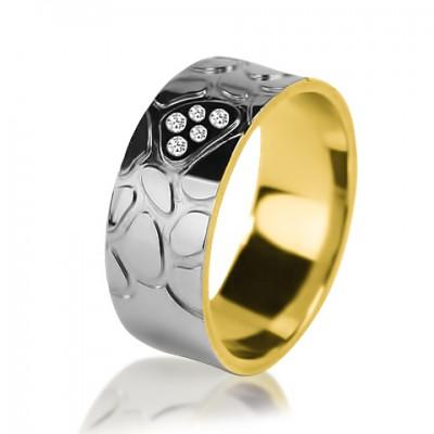 Комбинированное обручальное кольцо с бриллиантом 651-2V016