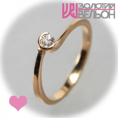 Помолвочное золотое кольцо с бриллиантом 451-10039
