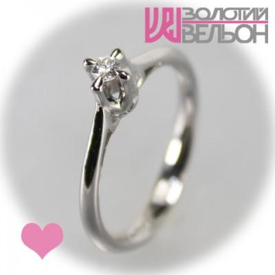 Помолвочное золотое кольцо с бриллиантом 551-10002