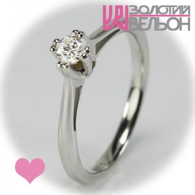 Помолвочное золотое кольцо с бриллиантом 551-10005