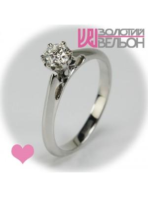 Помолвочное золотое кольцо с бриллиантом 551-10010