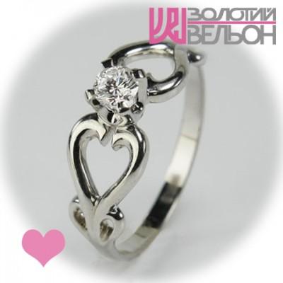 Помолвочное золотое кольцо с бриллиантом 551-10022