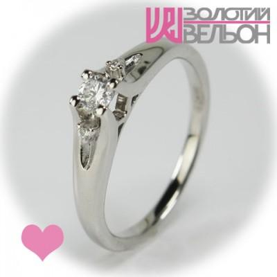 Помолвочное золотое кольцо с бриллиантом 551-10076
